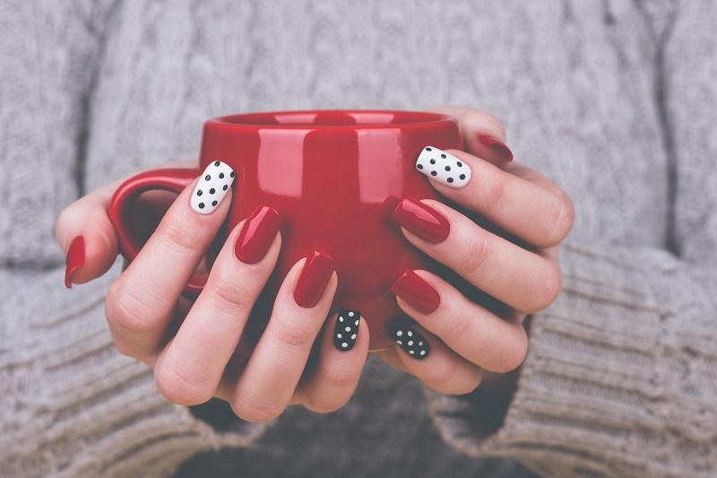 4 sposoby na udany manicure hybrydowy